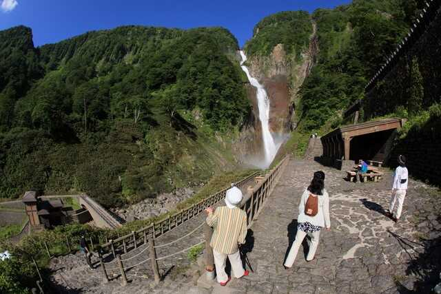 「遠くへ行きたい」プロフィギュアスケーター村上佳菜子さんが富山へ!空から見る立山絶景&絶品白えび堪能